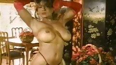 Anna Amore Sexy Solo Strip