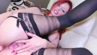 Milf Shanda Fay Gets Off with Fucking Machine
